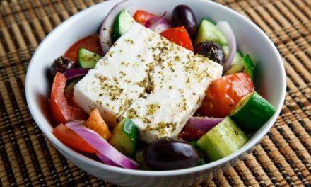 Гръцко настроение с гръцка салата