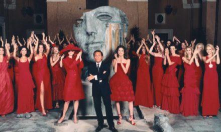 Valentino и червените материи