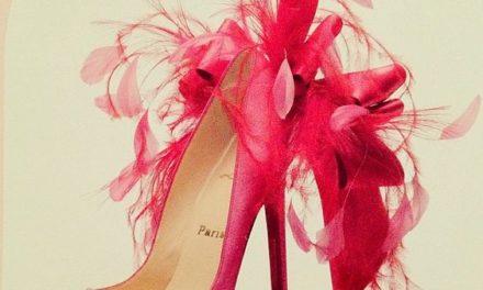 Обувките с пера моден тренд за 2017 г.