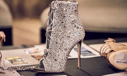 Обувките на Jennifer Lopez се радват на голям успех