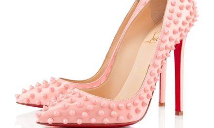 Обувките с остри върхове много модерни този сезон