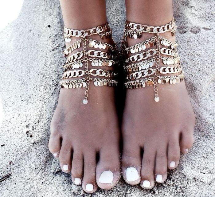За това лято си купете украшения за краката