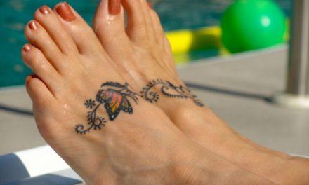 Естравагантно: за това лято си направете татуировки на краката