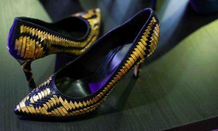 Едни от най – луксозните златни обувки