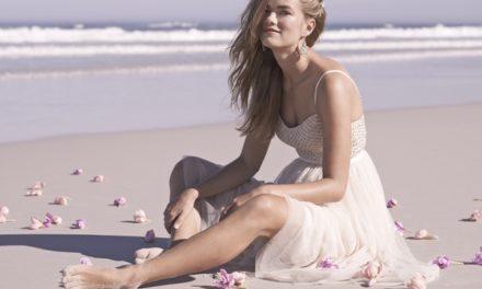 Сватбени рокли и аксесоари за морската ви сватба