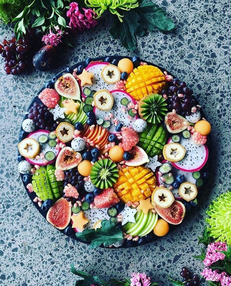 a1defddbeeb5e7f6769ad91becfe7a68-fruit-platters-event-planning