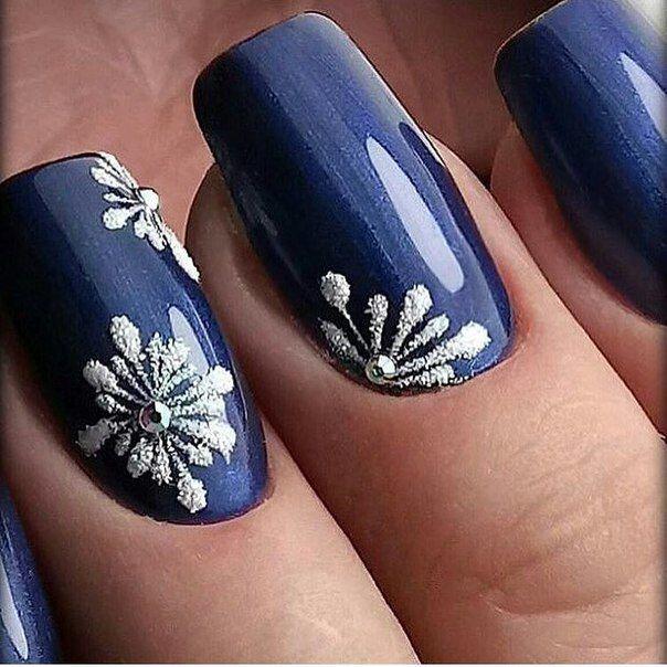 ac66701c2694d21b3b75b09b75bd0633-winter-nail-colors-winter-nail-art