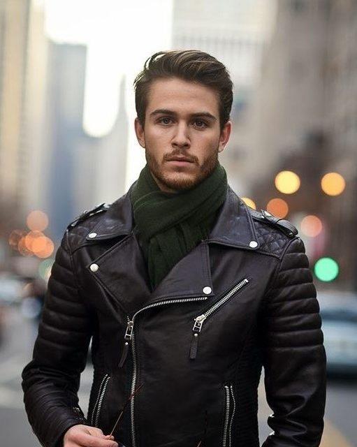 Как да се облекат мъжете за месец декември