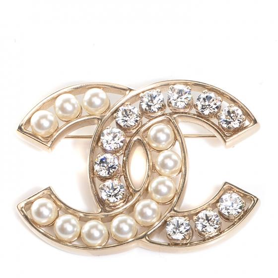 bbbbbbbbbbbbbbbbbd87228-chanel-pear-crystal-cc-brooch-gold-00