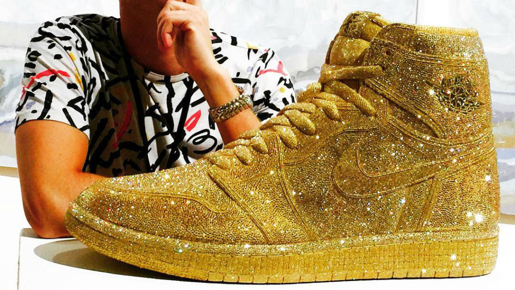gold-crystal-air-jordan-1-daniel-jacob-lede_zfxuo9