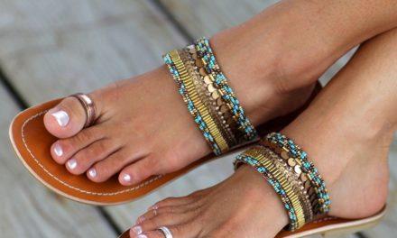За това лято бъдете много модерни с ниски чехли с пръстени