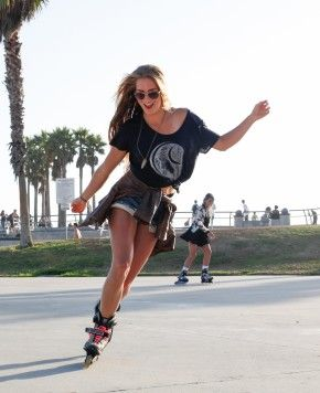 kkdkkdkdkdkkdkdk45fe55fb6c1921cd090e06db17725d2a-roller-skates-girls-roller-blading