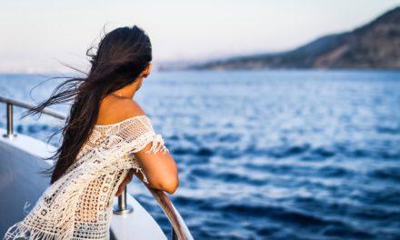 Заменете роклята с туника за това лято