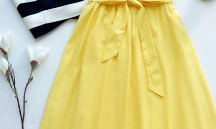 Eдна от най – модерните комбинации за месец август е бяло и жълто