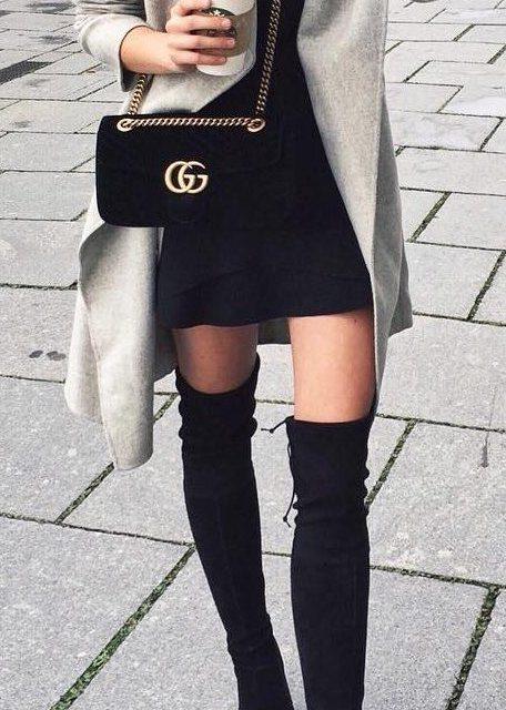 Бъдете този сезон в топ комбинацията чизми и рокли