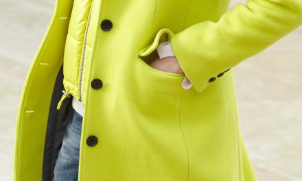За тази зима носете неонови палта